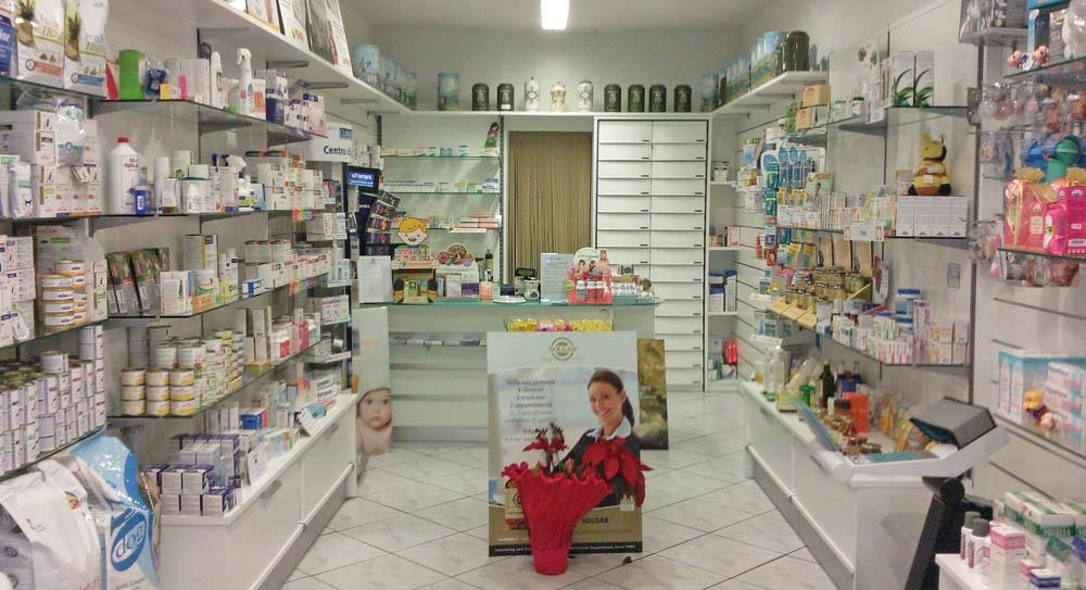 arredamento-farmacia-00
