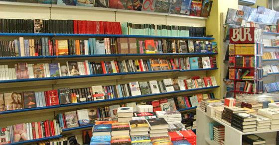 arredamento-libreria-negozio-libri-cagliari