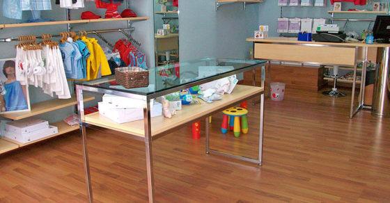 arredamento-negozio-abbigliamento-bambini-05