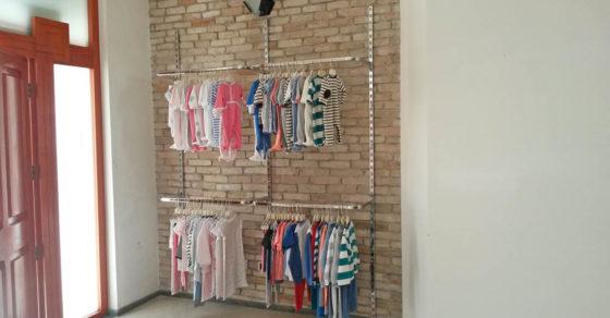 arredamento-negozio-abbigliamento-bambini-07