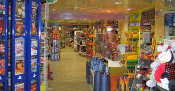 arredamento-negozio-giocattoli-sardegna