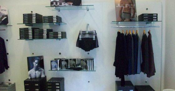 arredamento-negozio-intimo-vetrina