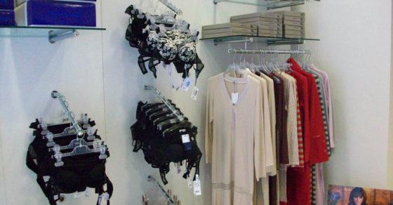 arredamento-negozio-intimo-13