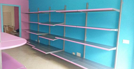 arredamento-negozio-per-animali-07
