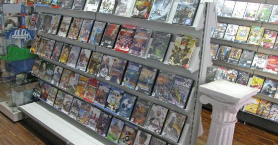 arredamento-negozio-videogiochi-videoteca-00
