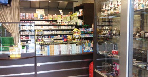 arredamento-negozio-tabacchi-10